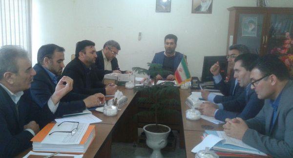 ارائه طرح تولید سالانه سی هزار تن محصولات آبزی در پارس آباد